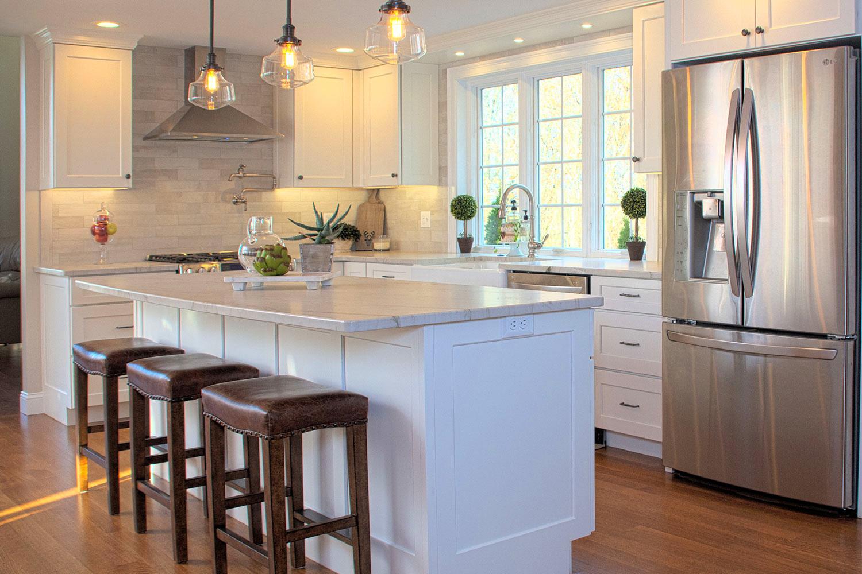 White Kitchen Hardwood and Tile Backsplash