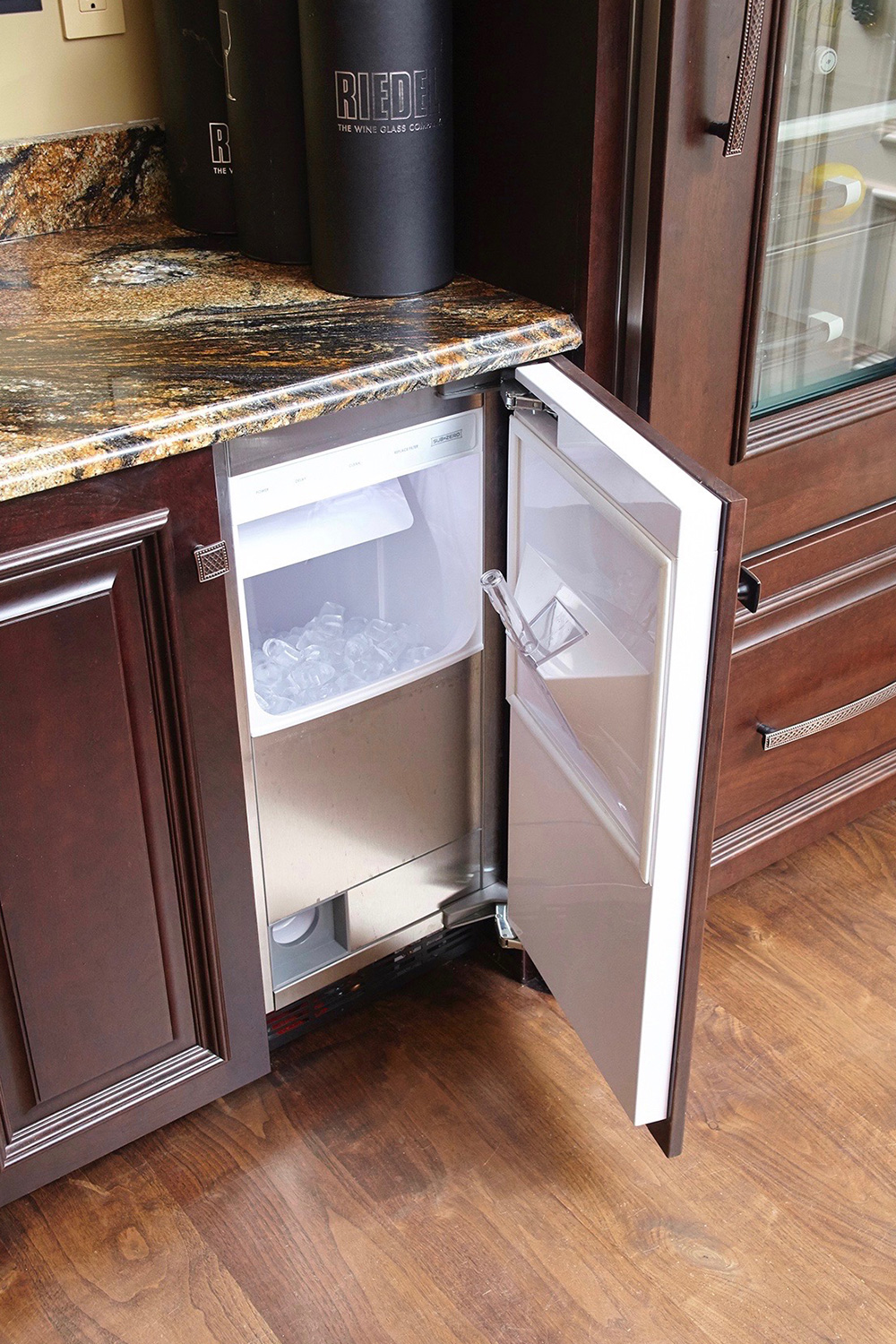 Man Cave Bar with Ice maker